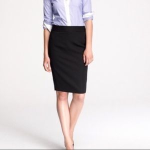 Gorgeous nwot J crew wool pencil skirt